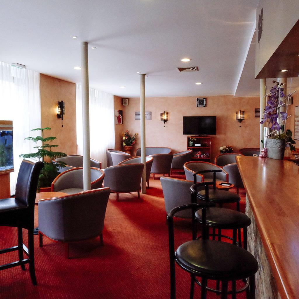 S minaire h tel restaurant saint gaudens hotel p dussaut for Equipement salle restaurant